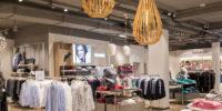 Große Räume schaffen Modeerlebnisse